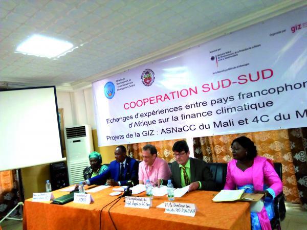 Finance climatique: Renforcer les compétences des cadres  nationaux et PTF