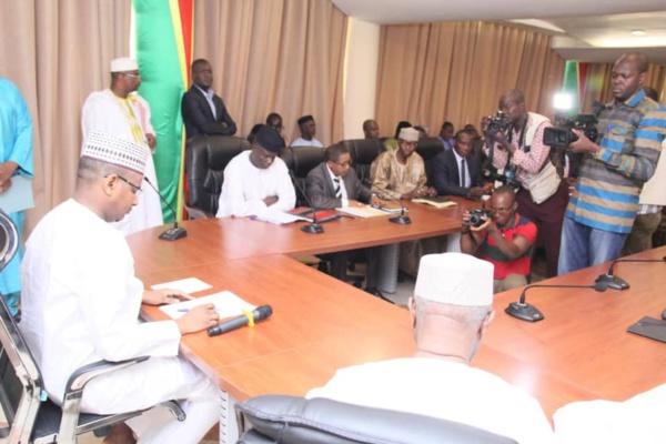Gestion de la crise de l'école malienne : Le Premier Ministre Dr. Boubou CISSE appelle  à la conscience collective de l'ensemble des acteurs