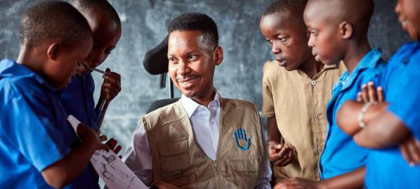Photo Neil Thomas Edward Ndopu, Défenseur des ODD et fondateur de Stratégies globales pour une éducation incluse, originaire d'Afrique du Sud.
