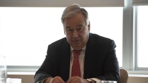 António Guterres lors de sa conférence de presse en vidéo-conférence.