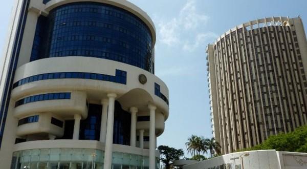 Zone UEMOA : Les soumissions hebdomadaires enregistrent une baisse de 6,4%.