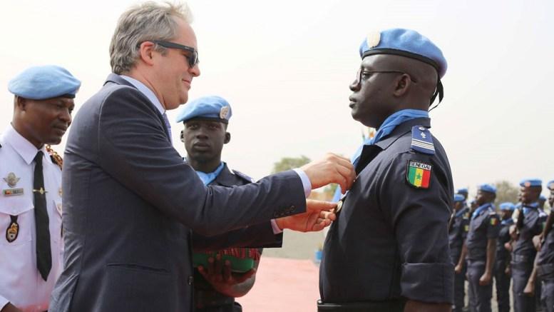 Sécurité et paix au Mali : Près de deux cents policiers sénégalais décorés pour leur contribution