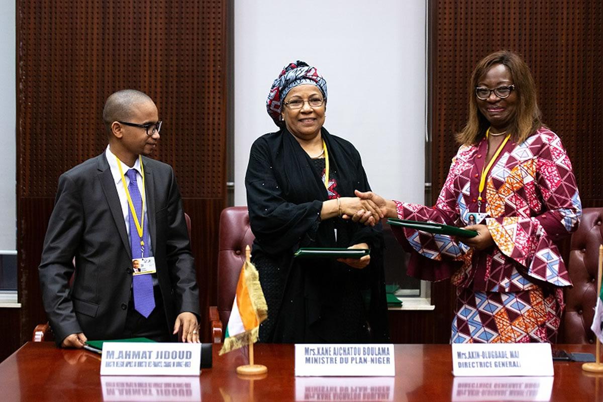 Réalisation du programme Kandadji : Le Niger et la BAD signent un accord de financement