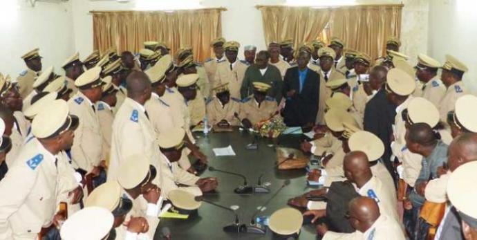 Grève des administrateurs : Suspension des négociations