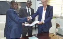 Banques : La BNDA  contribue à  plus de 2 milliards FCFA pour la réalisation de la centrale photovoltaïque de 50 MW à Kita